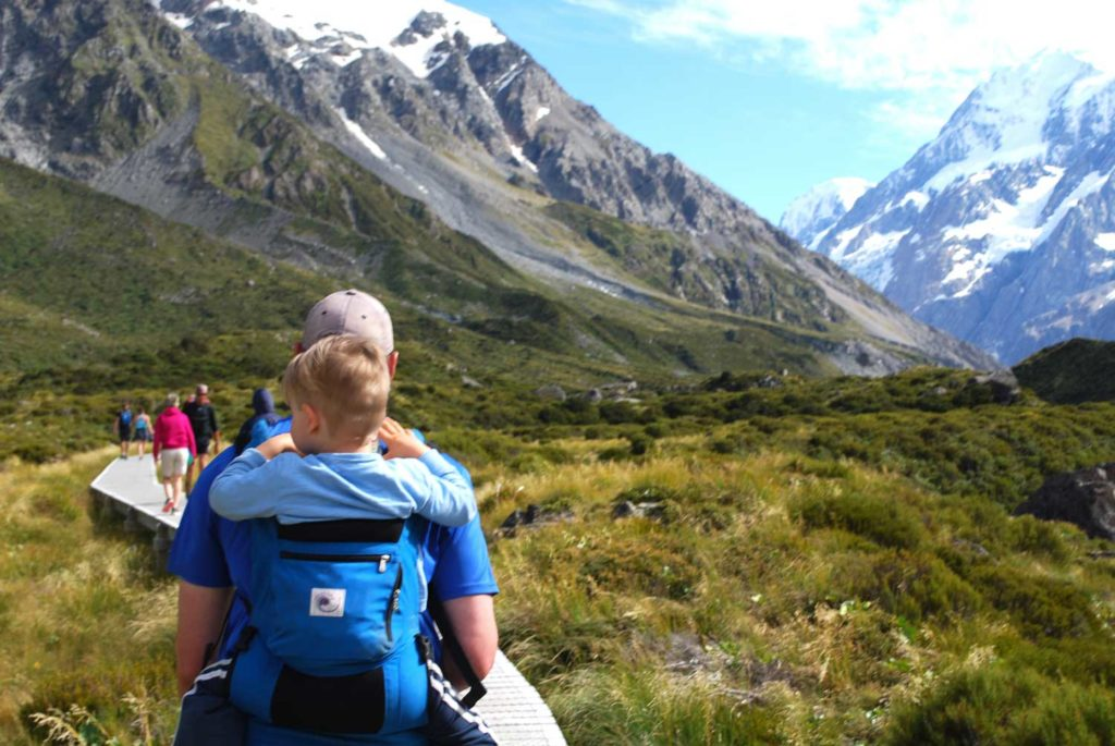 3 hour family walk, flat and easy, to the stunning Hooker Valley Track at Mt Cook National Park // Backyard Travel Family