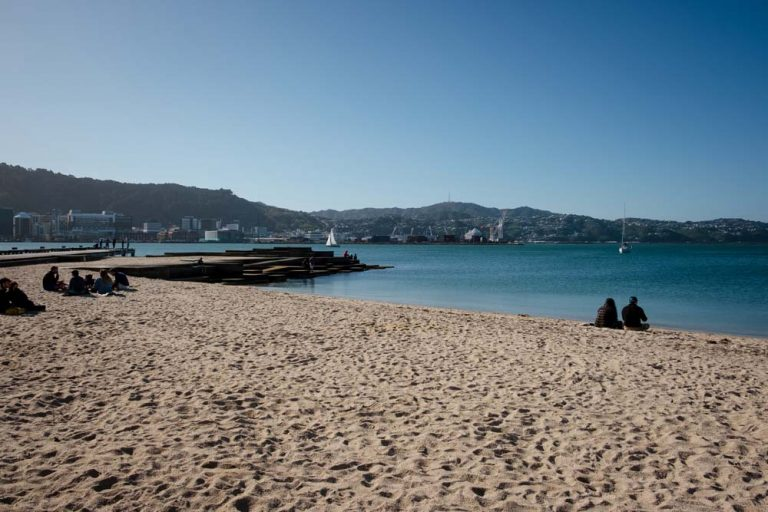 Beautiful sandy beach, on a perfectly sunny day at Oriental Bay, Wellington