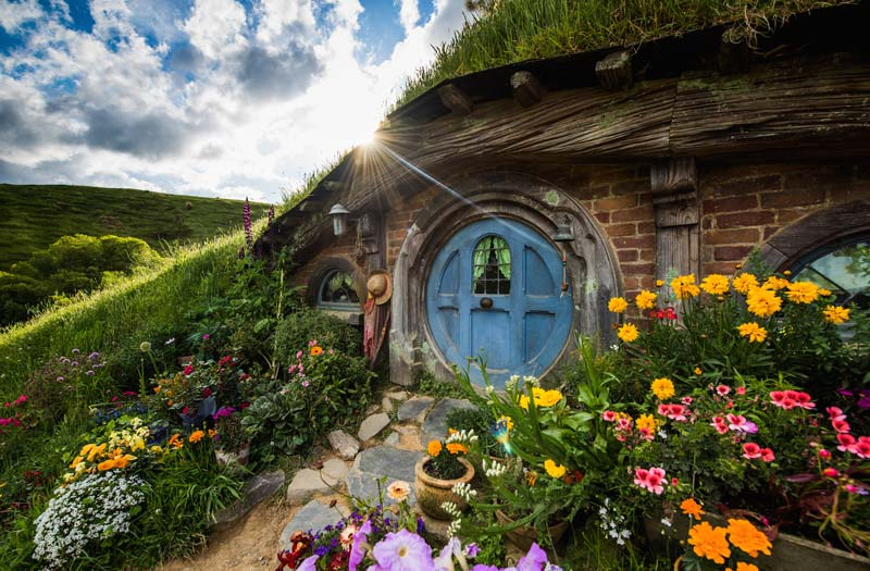 Hobbit hole at Hobbiton Set Tour from the Lord of the Rings movies, easy day trip from Rotorua