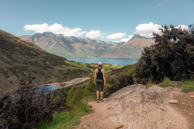 Mt Crichton Loop, some lovely views of Lakes and mountains from this Queenstown walk