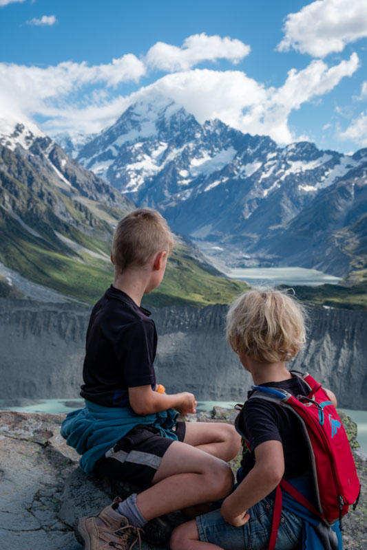 Nathan and Kipton look at Mt Cook from halfway up the Sealy Tarns Track