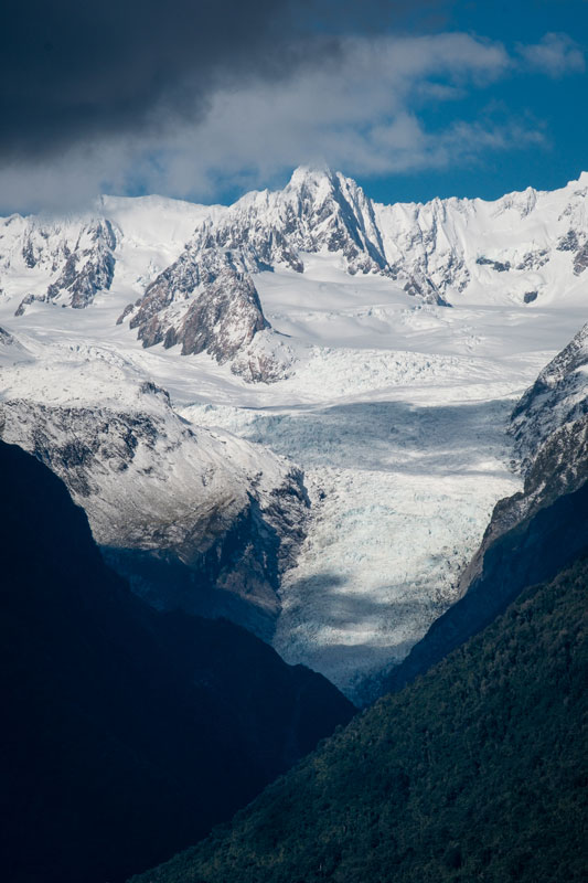Snowy mountains on the West Coast of New Zealand